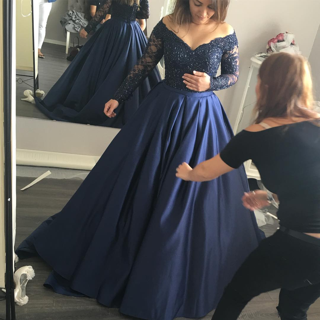 7507a64e3ae09 Navy Blue Ball Gown Prom Dresses