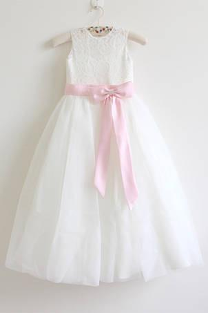 Round Neck Sleeveless Lace Floor-Length A-line Tulle Flower Girl Dress with Pink Sash
