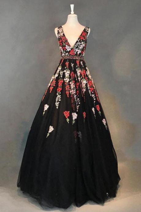 Black Prom Dress,Floral Prom Dresses,Vintage Prom Dresses,V Neck Prom Dress,Appliques Prom Gown DS407