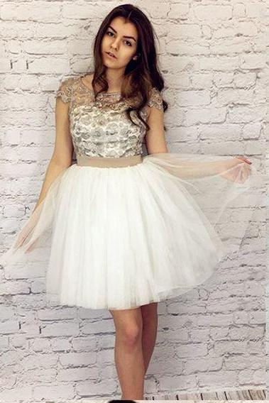 A-Line Homecoming Dress,Ivory Homecoming Dresses,Tulle Homecoming Dresses,Short Homecoming Dress with Bow-knot DS463