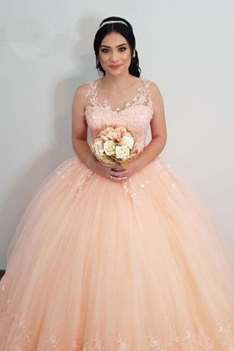 Elegant Prom Gown,Lace Appliques Prom Dresses,Tulle Prom Dress,Ball Gowns,Peach Quinceanera Dresses DS513